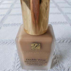 Estee Lauder Double Wear foundation makeup.